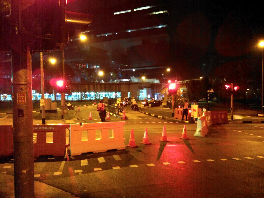 道路閉鎖の様子
